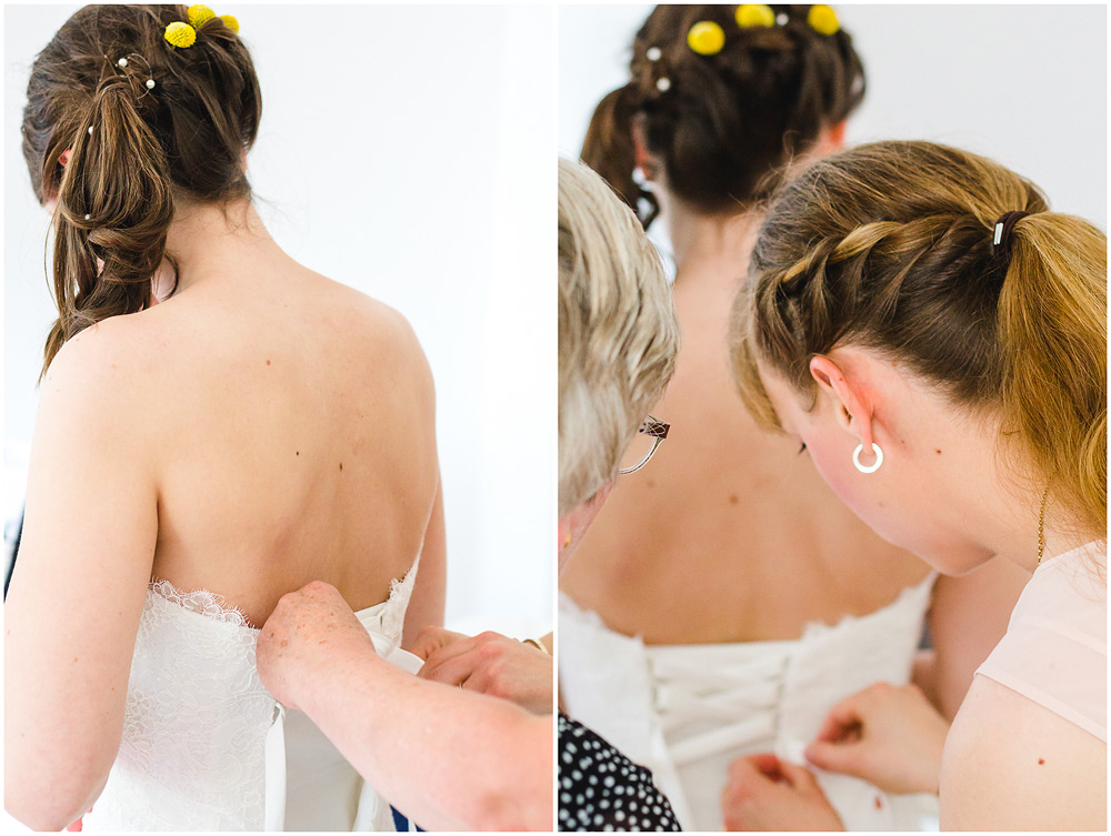 freie Trauung Braut_beim_Ankleiden_Getting_ready_Hochzeitzfotograf_Ruegen_Hochzeitzfotograf_Rostock_Hochzeitsfotografie auf Rügen