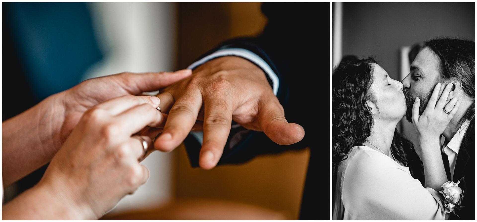 Braut steckt den Ring beim Mann auf und küsst ihren Ehemann danach - Hochzeitsfotograf in Teterow