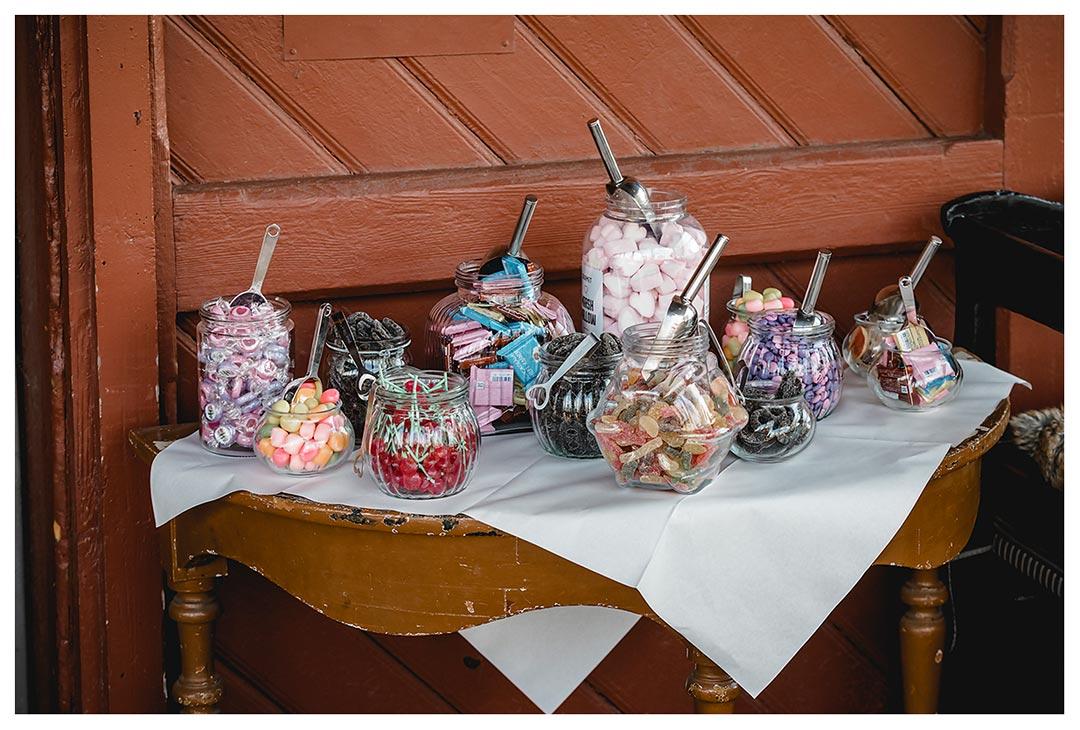 Nahaufnahme Candybar - Lokschuppen Rostock
